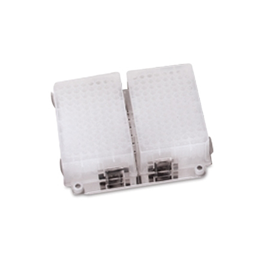 Picture of Microplate platform for incubator shaker Labnet VorTemp 56